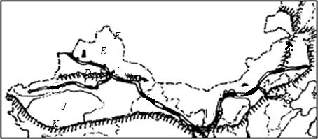 塔里木盆地旁边的山脉图片